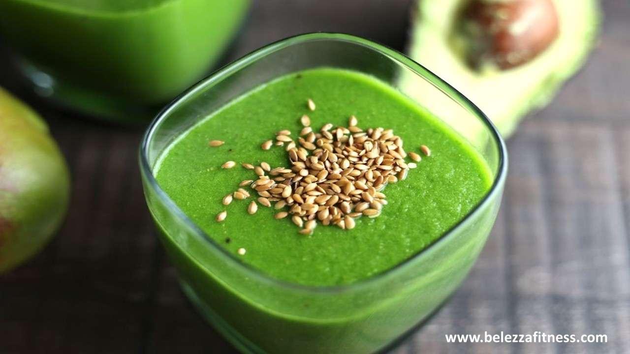 Apple avocado smoothie